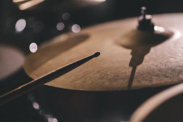 empty-tomb-band-mv-014