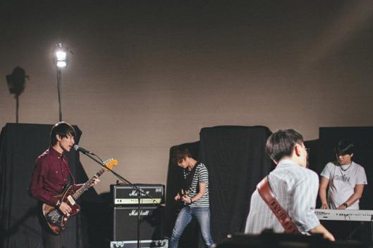 empty-tomb-band-mv-08